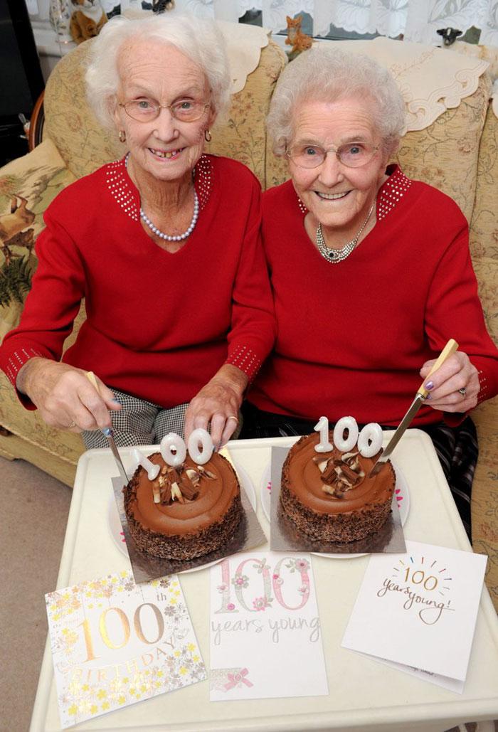 Bliźniaczki świętowały swoje 100. urodziny i ujawniły tajemnicę długiego życia