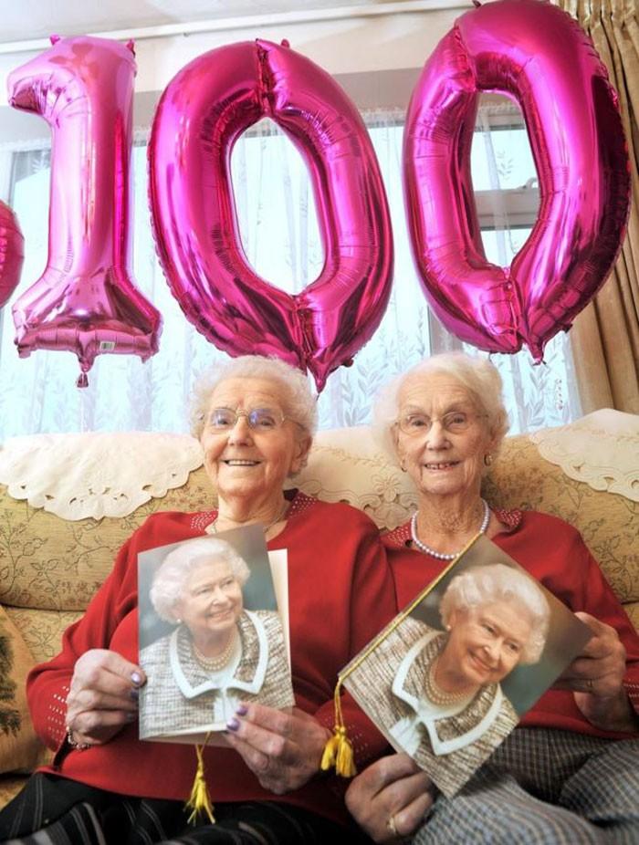 Bliźniaczki świętowały swoje 100 urodziny i ujawniły tajemnicę długiego życia