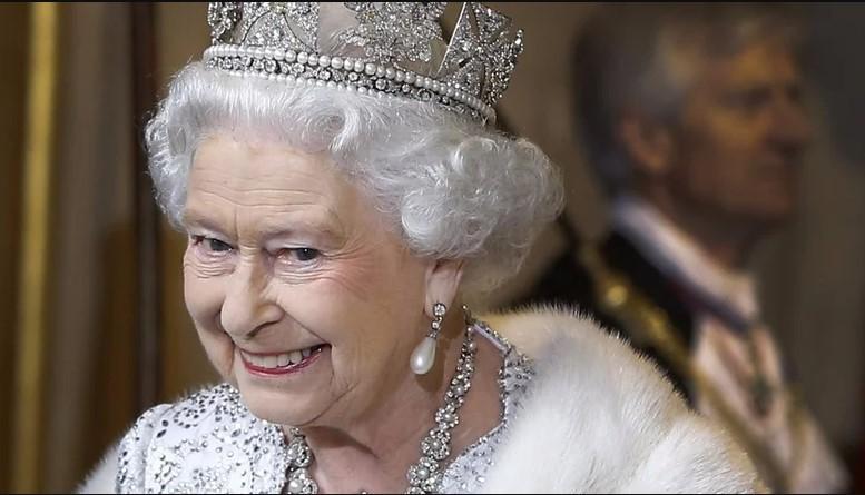 Czy królowa Elżbieta II może przekazać tron wnukowi księciu Williamowi