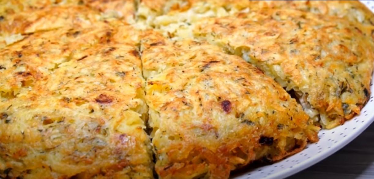 Wspaniałe danie z ziemniaków na patelni. Obfite, smaczne i gotowane w ciągu kilku minut