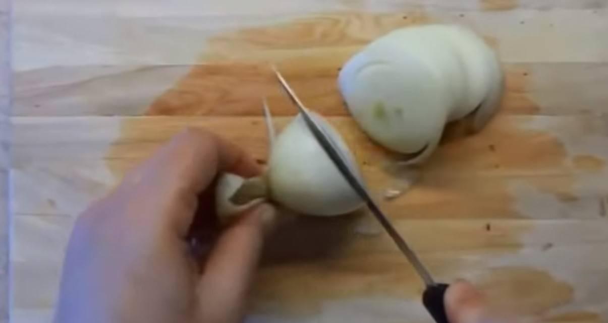 Przepis na pyszne ziemniaki Boulangère. To francuskie danie sprawi, że znów polubisz ziemniaki