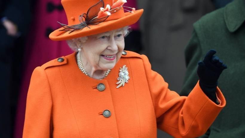 W rezydencji Elżbiety II turyści muszą przestrzegać norm postępowania