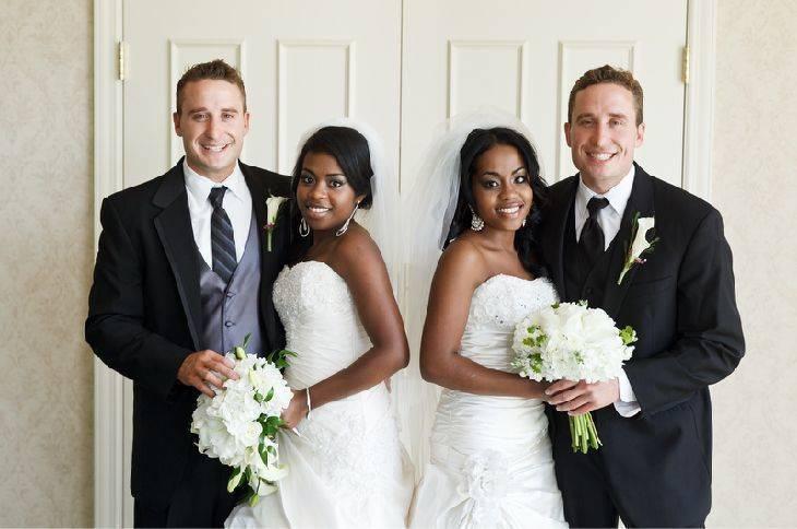 Siostry bliźniaczki poślubiły braci bliźniaków, a nawet dzieci z tych rodzin są do siebie podobne