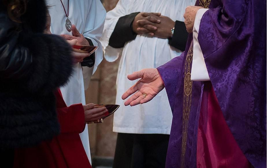 Ceny pewnej parafii w Polsce nie do zrozumienia. Kwoty robią wrażenie