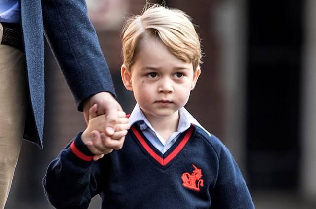 Kate Middleton i książę William zastanawiają się nad wysłaniem księcia George'a do szkoły z internatem
